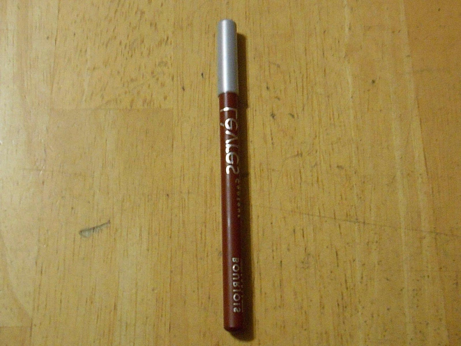 1 pencil levres contour lip liner 14