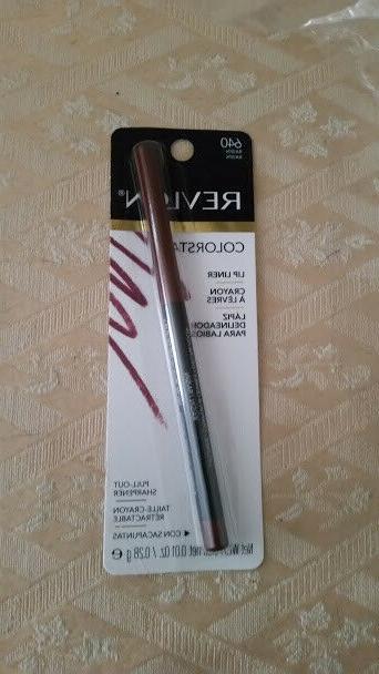 colorstay lip liner 640 raisin raisin